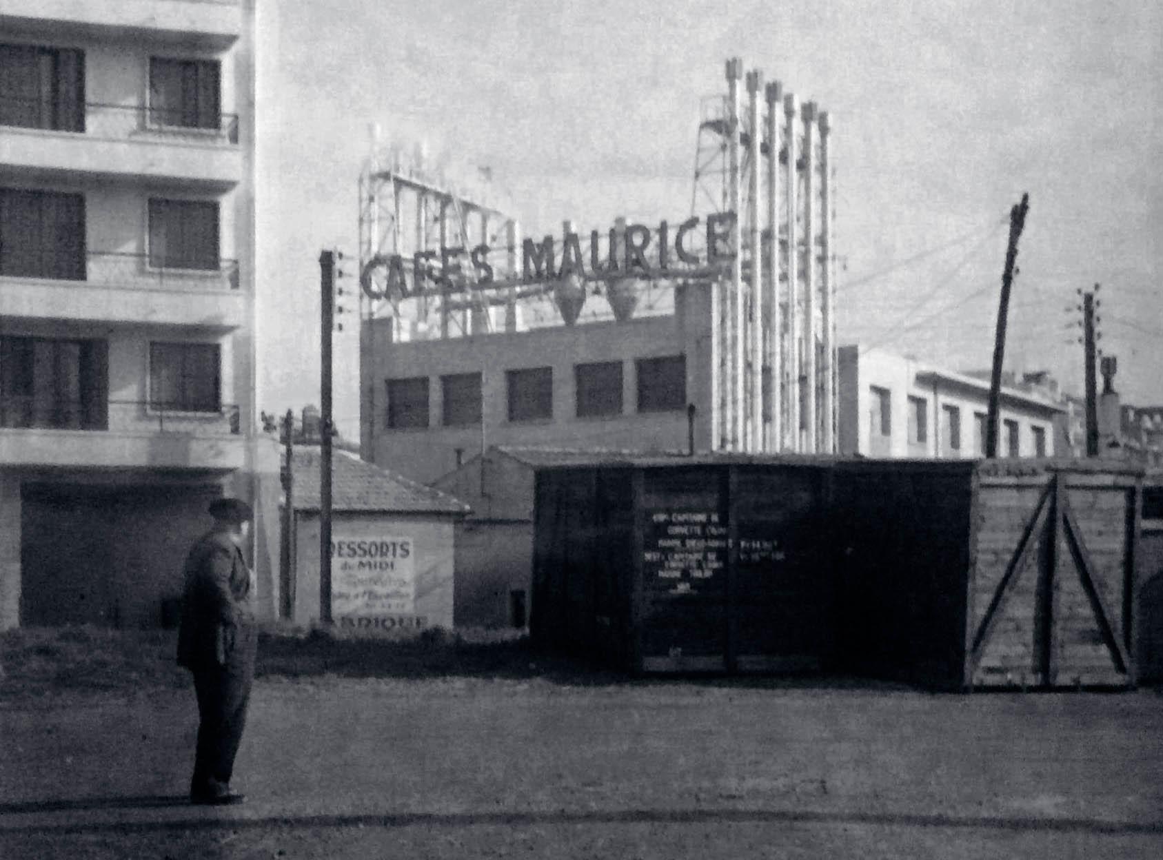 l'usine de Toulon des Cafés Maurice